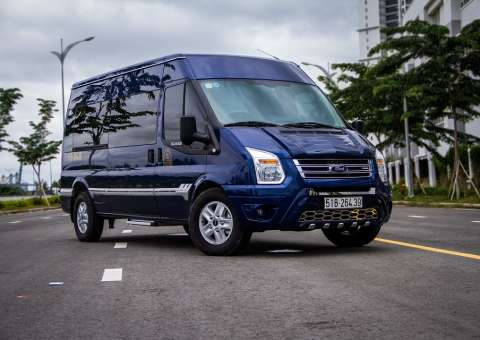Ford Limousine thương mại 1