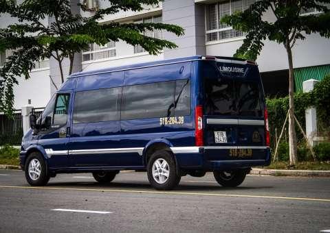 Ford Limousine thương mại 2
