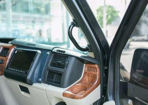Ford Limousine thương mại 6
