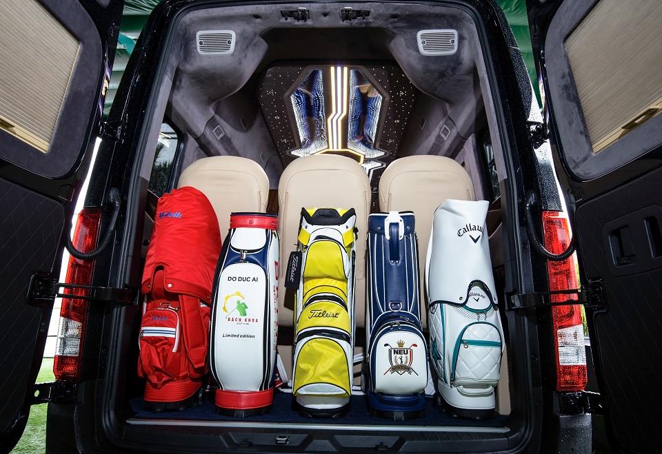 Cốp hành lý của SKYBUS Solati XLE
