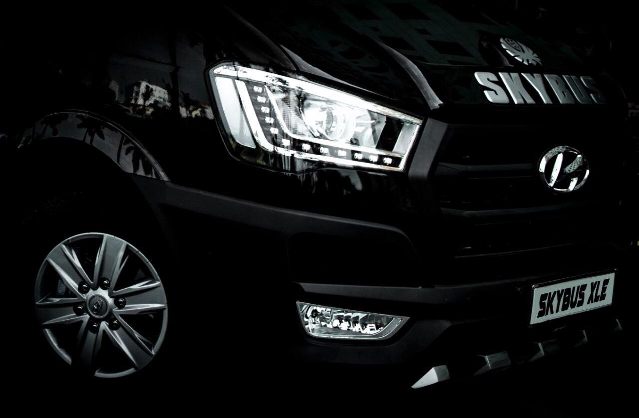 Solati X series - SKYBUS Limousine