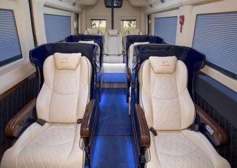 Khoang VIP xe Solati Limousine Limited Edition