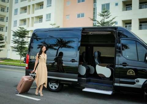 Solati Limousine 12 chỗ