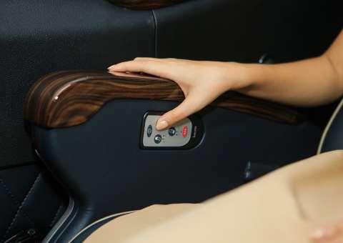 Solati Limousine 12 ghế massage