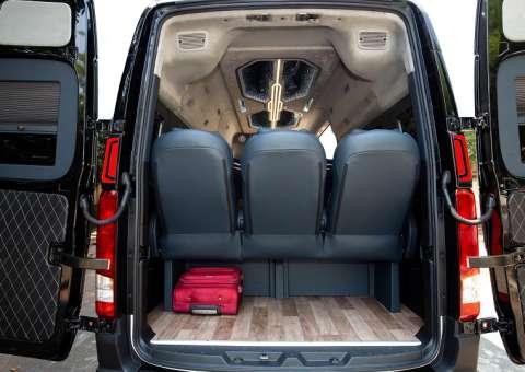 Solati Limousine 12 ghế VIPs SKYBUS PRO 18