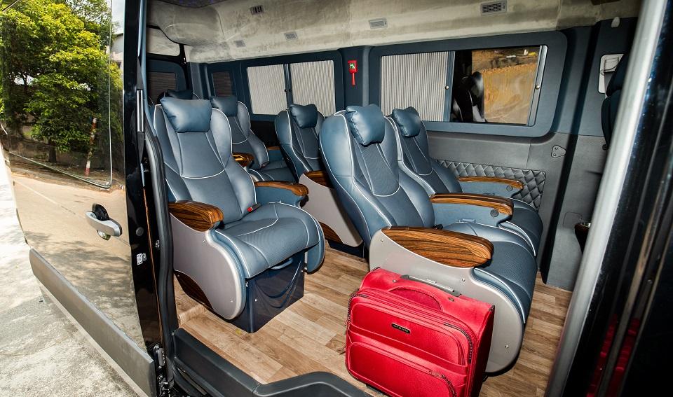 Đồng Phước limousine đầu tư Solati PRO 12 ghế VIP
