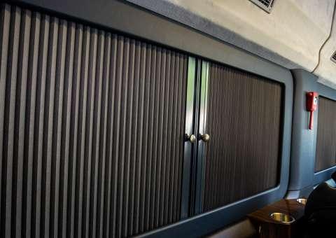 Solati Limousine 12 ghế VIPs SKYBUS PRO 6