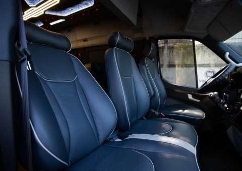 Solati Limousine PRO khoang lái 2