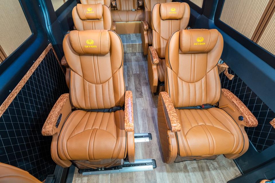 skybus-milnium-solati-limousine