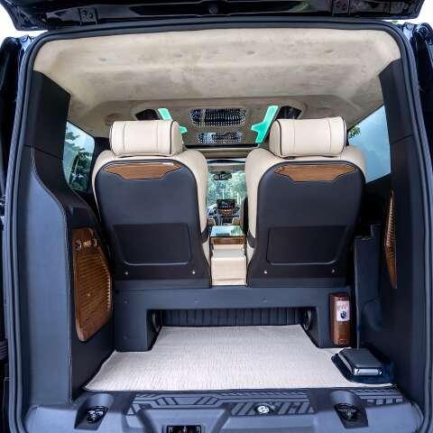 Cốp hành lý Skybus Tourneo Limousine